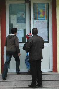 Orarul pentru procesul electoral – afisat  la sectii