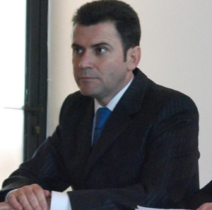 Tribunalul solicita informatii despre situatia politica a lui Dolha