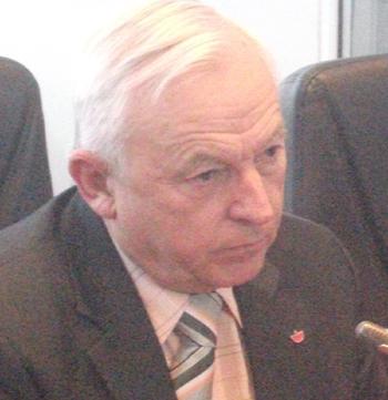 Viceprimarul Ludescher, agresat verbal de protestatarii de la Romplumb