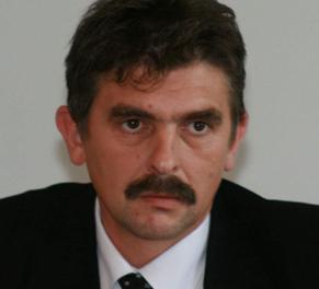"""Dorin Pasca   renunta la """"burlacia politica"""" pentru UNPR"""