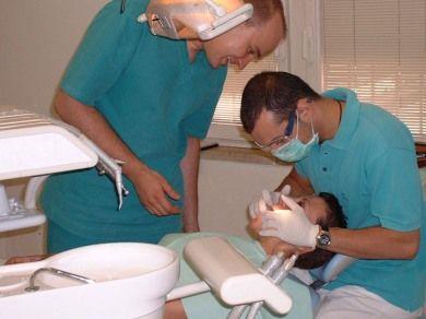 CJ a aprobat prelungirea contractelor de inchiriere a spatiilor pentru dentisti