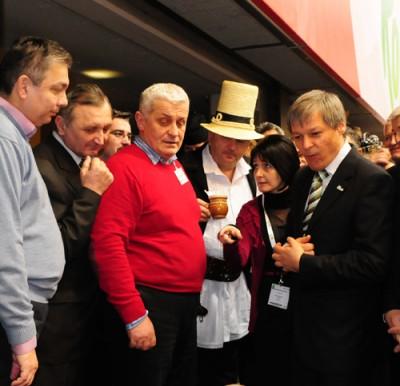 Doi mesteri populari si noua firme de produse traditionale pleaca in Germania