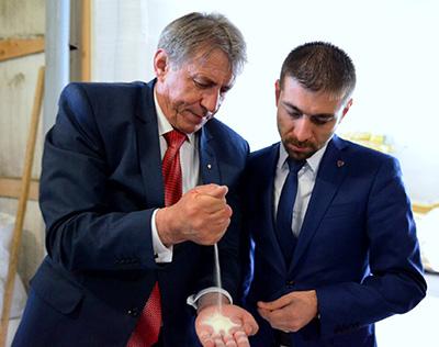 """Zetea: """"Ioan Mătieș este un exemplu grăitor despre ce înseamnă ambiția și perseverența în afaceri"""""""