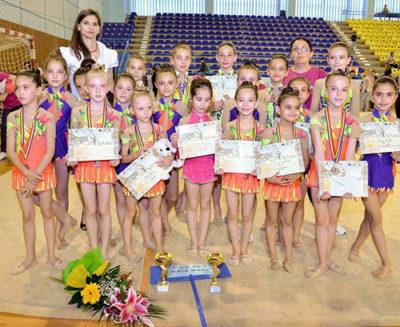 Fetele din Baia Mare pe podium la Campionatul Naţional Şcolar de gimnastică ritmică
