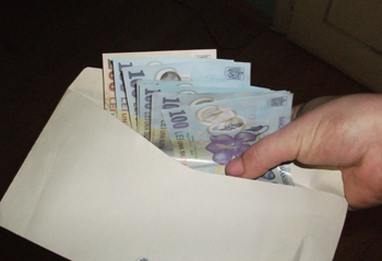 65% dintre români au salarii mai mici de 2.000 de lei net pe lună