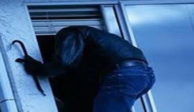 Trei şomcuteni cercetaţi pentru furturile din 7 locuinţe