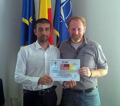 diploma Peter Hurley
