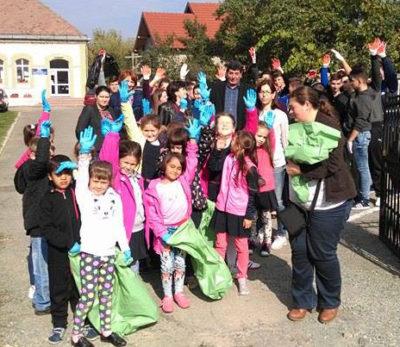 Deşeuri strânse de elevii din Şomcuta Mare de Ziua Curăţeniei