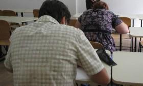 34 de dascăli respinşi la examenul pentru directori de unităţi şcolare