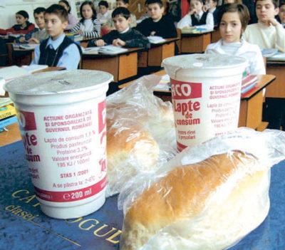Programul lapte și corn în școli, începând cu 1 noiembrie
