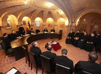 P.S. Iustin Sigheteanul a îndemnat preoţii să nu neglijeze activităţile cu tinerii