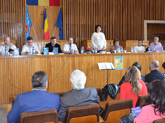 Eveniment organizat de Centrul Cultural al MAI. Poetul-jandarm Vasile Bele a lansat o nouă carte