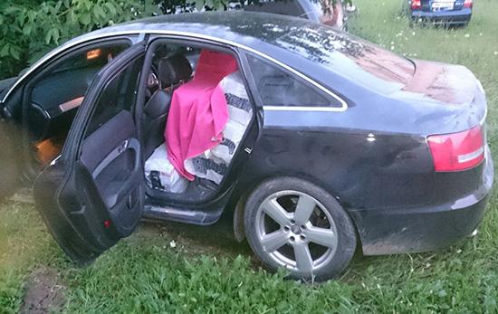 Mașină scăpată de sub control în timpul urmăririi