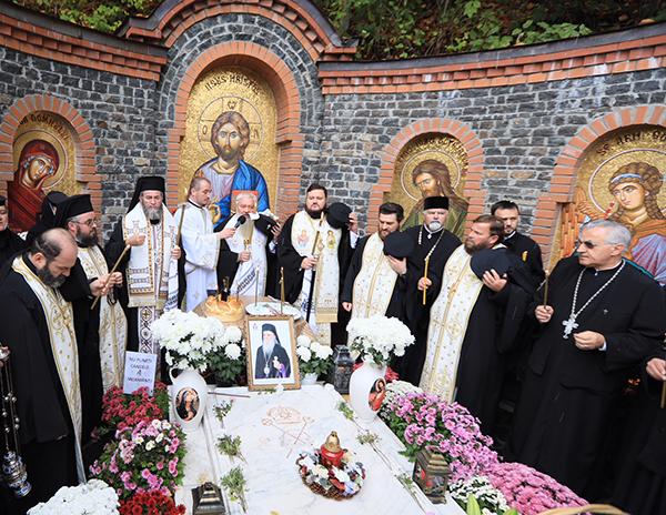 Parastas la un an de la trecerea în veșnicie a Arhiepiscopului Justinian