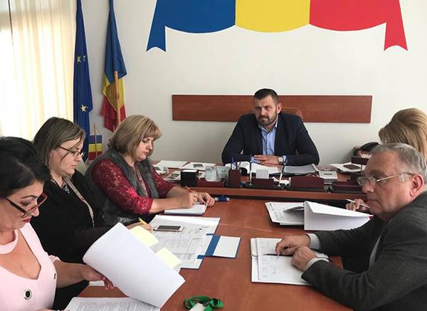 "Moldovan: CJ analizează contractul cu ""Rosario Pan SRL"""
