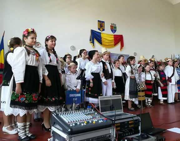 """Sărbătoare la Ciolt. A doua ediție a Festivalului concurs ,,Florile Chioarului"""""""