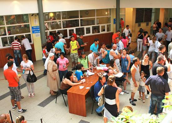 Programul de lucru cu publicul la serviciul de pașapoarte revine la normal