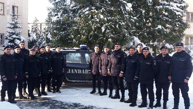 16 elevi în practică la Jandarmerie