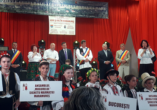 Muzică corală și regal folcloric, azi, la Șomcuta Mare