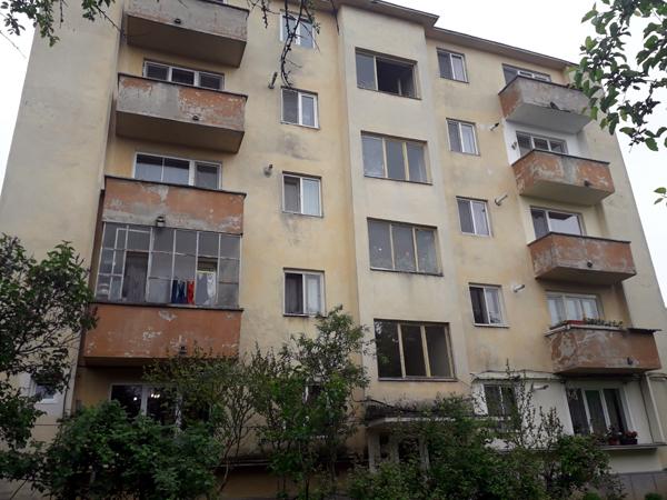 Contract de execuţie pentru anveloparea blocurilor din Şomcuta Mare