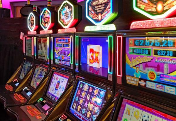 Evaziune fiscală cu jocuri de noroc