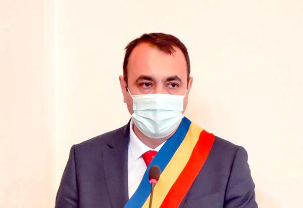 Primarul Moldovan: Cetățenii își doresc o administrație eficientă
