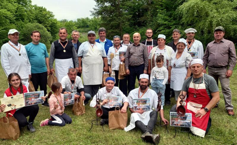 Concurs de gătit şi bună dispoziţie – pe Valea Scăriţei, la Ciolt