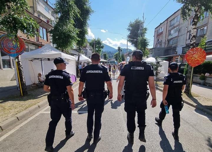 Manifestări sub supravegherea jandarmilor
