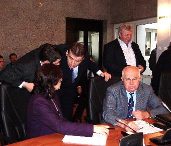 Cand e vorba de gunoaie – consilierii PDL ii trimit pe liberali la seful PNL Baia Mare