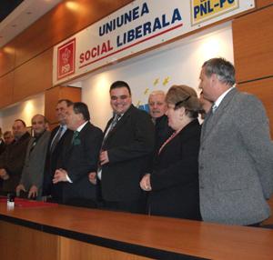 Pact de neagresiune semnat intre PNL, PSD si PC