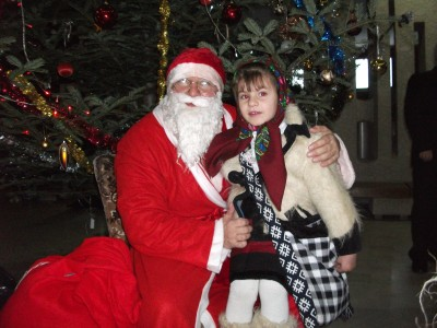 Lucian Morar l-a ajutat pe Mos Nicolae sa ajunga la copiii din Ulmeni