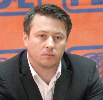 "Rogojan a ""dezertat"" din PDL si a ajuns presedinte la PMP"