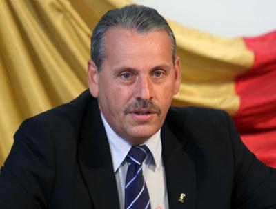 Man: Guvernul Ponta este ilegal