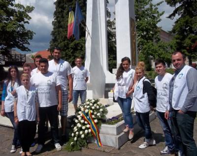 """PMP, singurul partid prezent la """"Ziua Europei"""" la monumentul din Baia Sprie"""