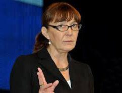 Monica Macovei s-a retras din conducerea M10