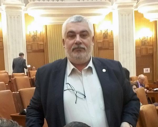 Bani pentru aeroportul din Maramureș prin amendament depus de Călin Matei