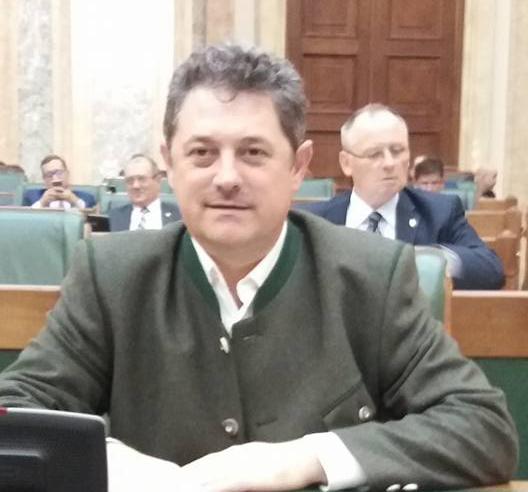 Deputat Bota: ADI-urile vor putea gestiona serviciul de transport local