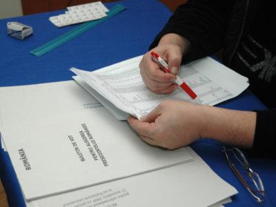 Liste electorale distincte în secțiile de votare. Alegătorii pot opta dacă participă la referendum