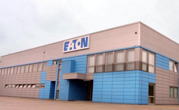 Dezinfecţie şi vitamine pentru angajaţii de la Eaton