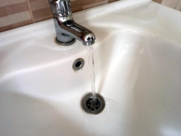 Apel VITAL: Nu irosiţi apa!