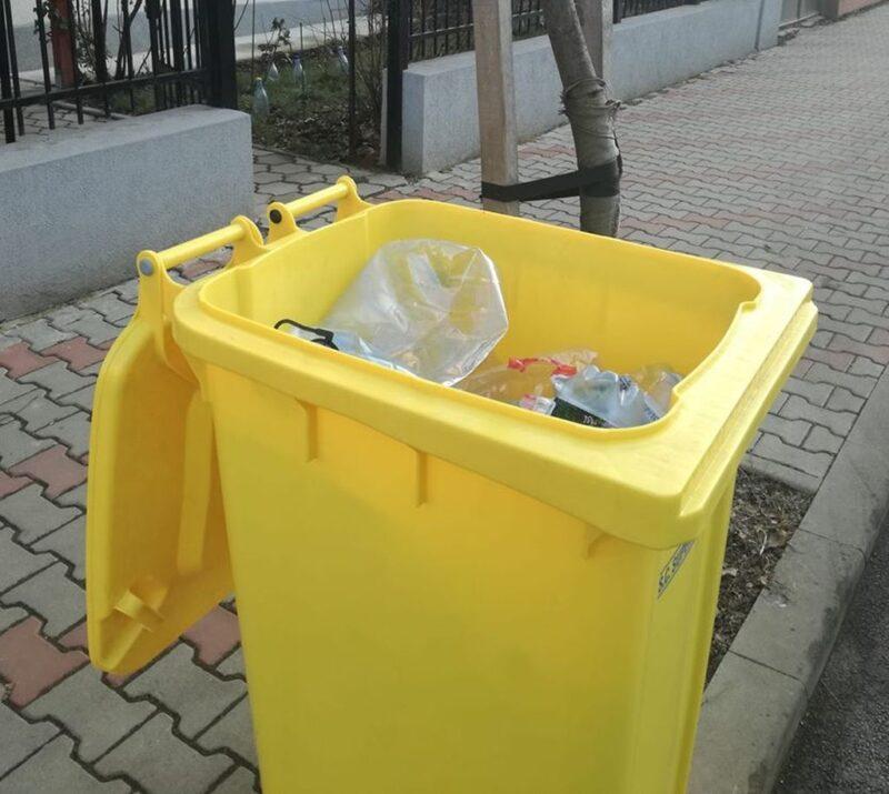 ATENȚIONARE: Se ridică doar deșeurile sortate corect